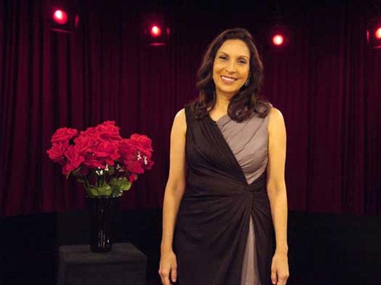 Suzanna Guzman la mirada symphony opera photo