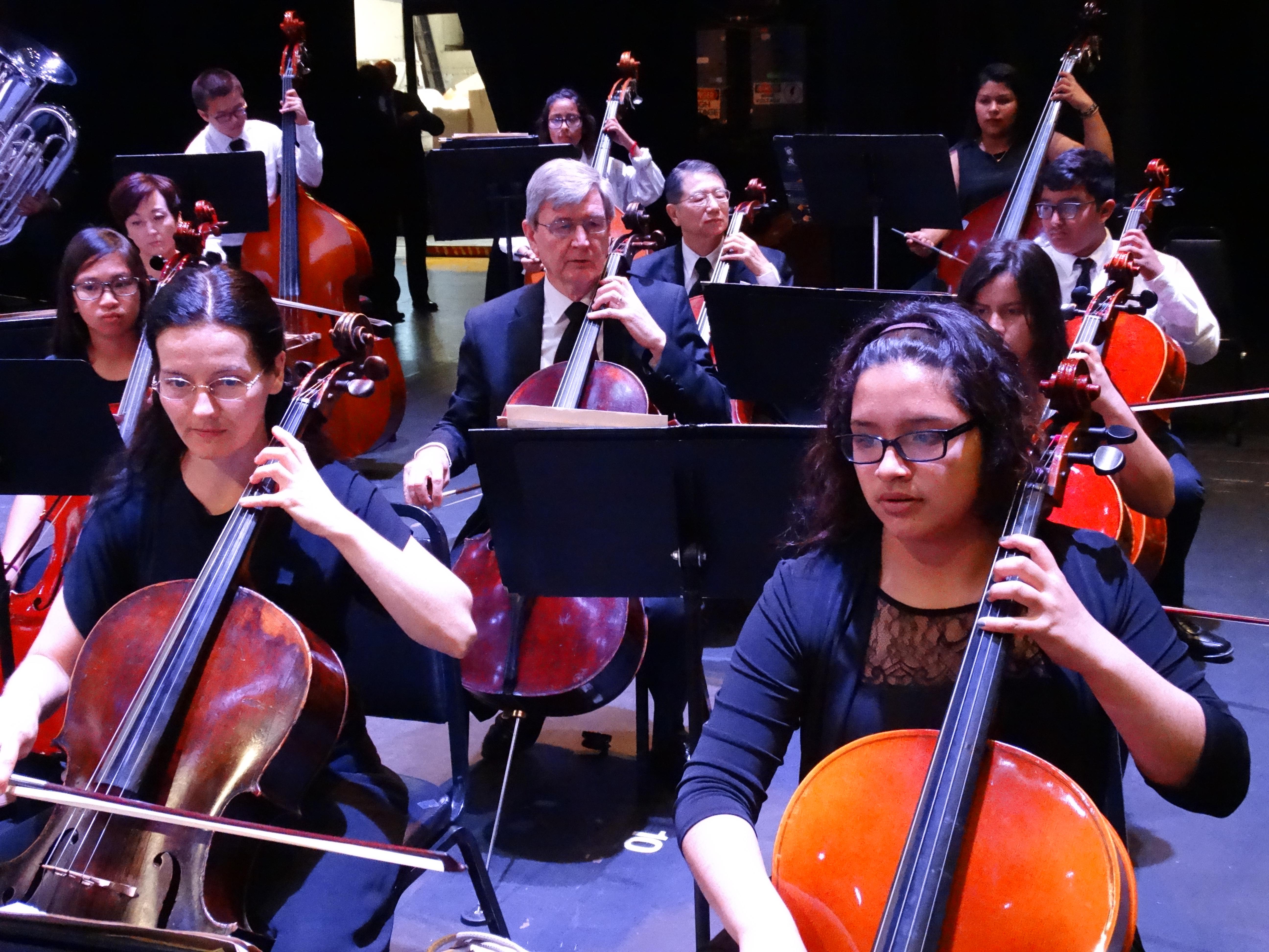 cellos2