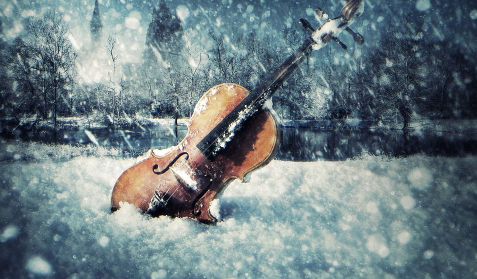 violin-and-snow